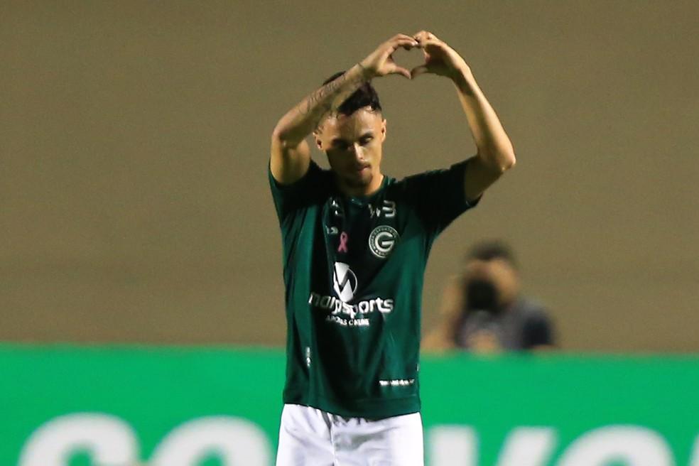 Goiás venceu os dois últimos duelos no clássico — Foto: Carlos Costa/Futura Press