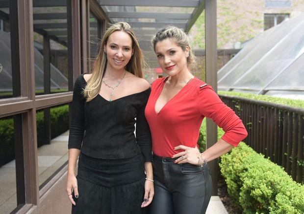 Luciana Salem com Flávia Alessandra (Foto: Divulgação)