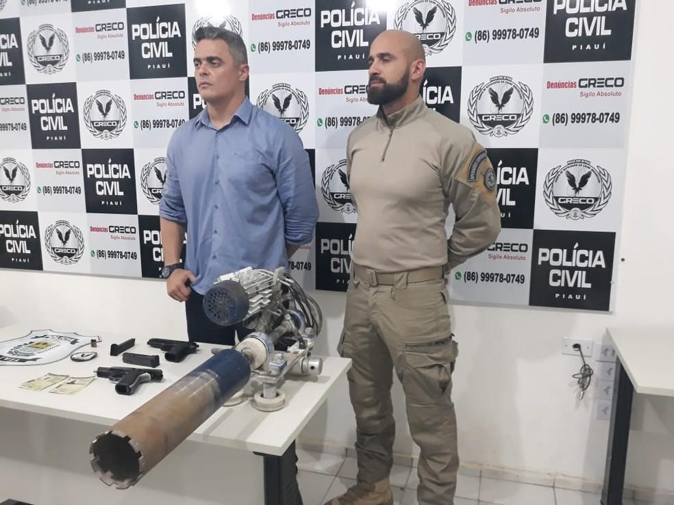Máquina feito por criminosos perfura cofres — Foto: Gilcilene Araújo/G1