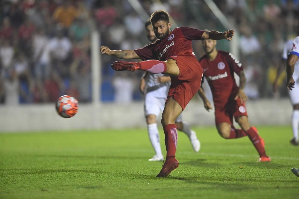 Sobis perdeu pênalti contra o VEC — Foto: Ricardo Duarte / Internacional / Divulgação