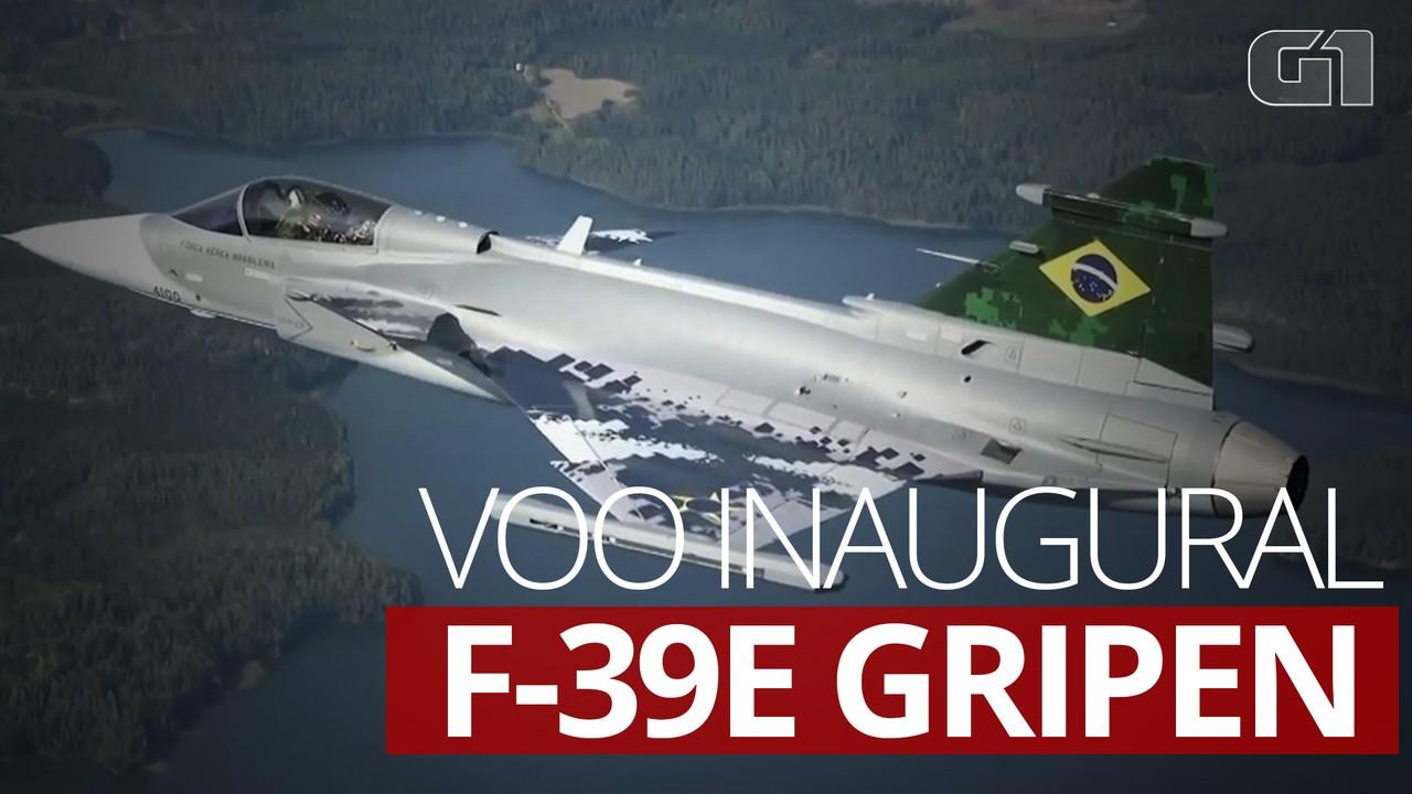 Gripen, novo caça da Força Aérea Brasileira, sobrevoa Brasília