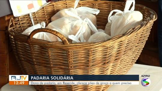 Padaria em Resende oferece pães de graça para quem precisa