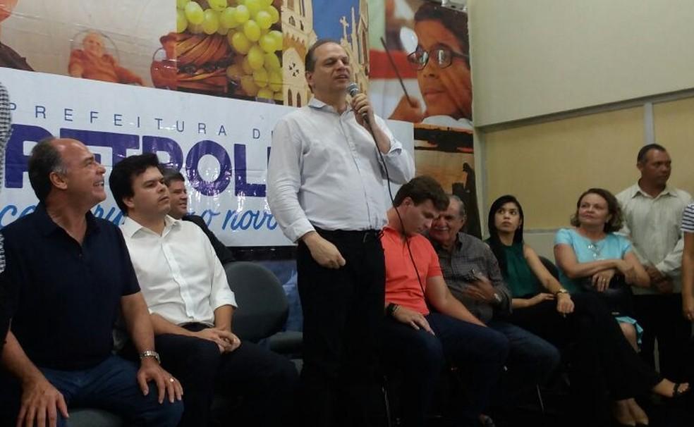Ricardo Barros em Petrolina (Foto: Clédiston Ancelmo/ TV Grande Rio)