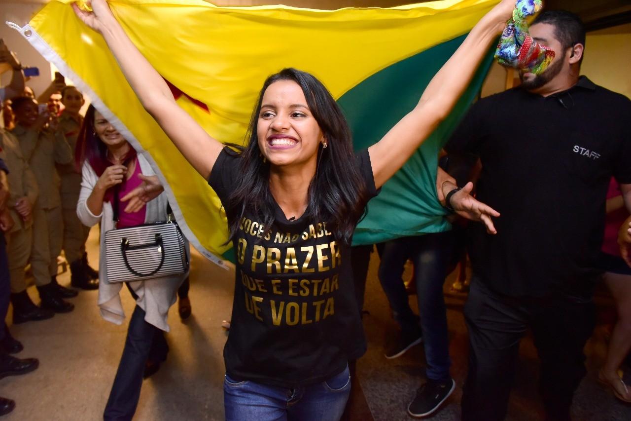 Gleici, vencedora do BBB18, é recebida com festa no Acre (Foto:  Assis Lima)