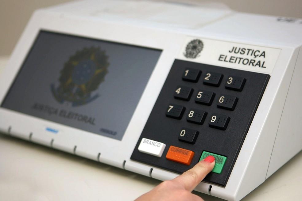 TRE começa preparação de urnas eletrônicas, na Paraíba