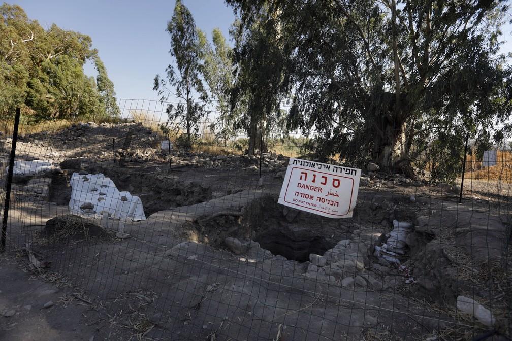 Local em que Jesus teria multiplicado pães e peixes é descoberto por arqueólogos israelenses na região do Mar da Galileia (Foto: MENAHEM KAHANA / AFP)