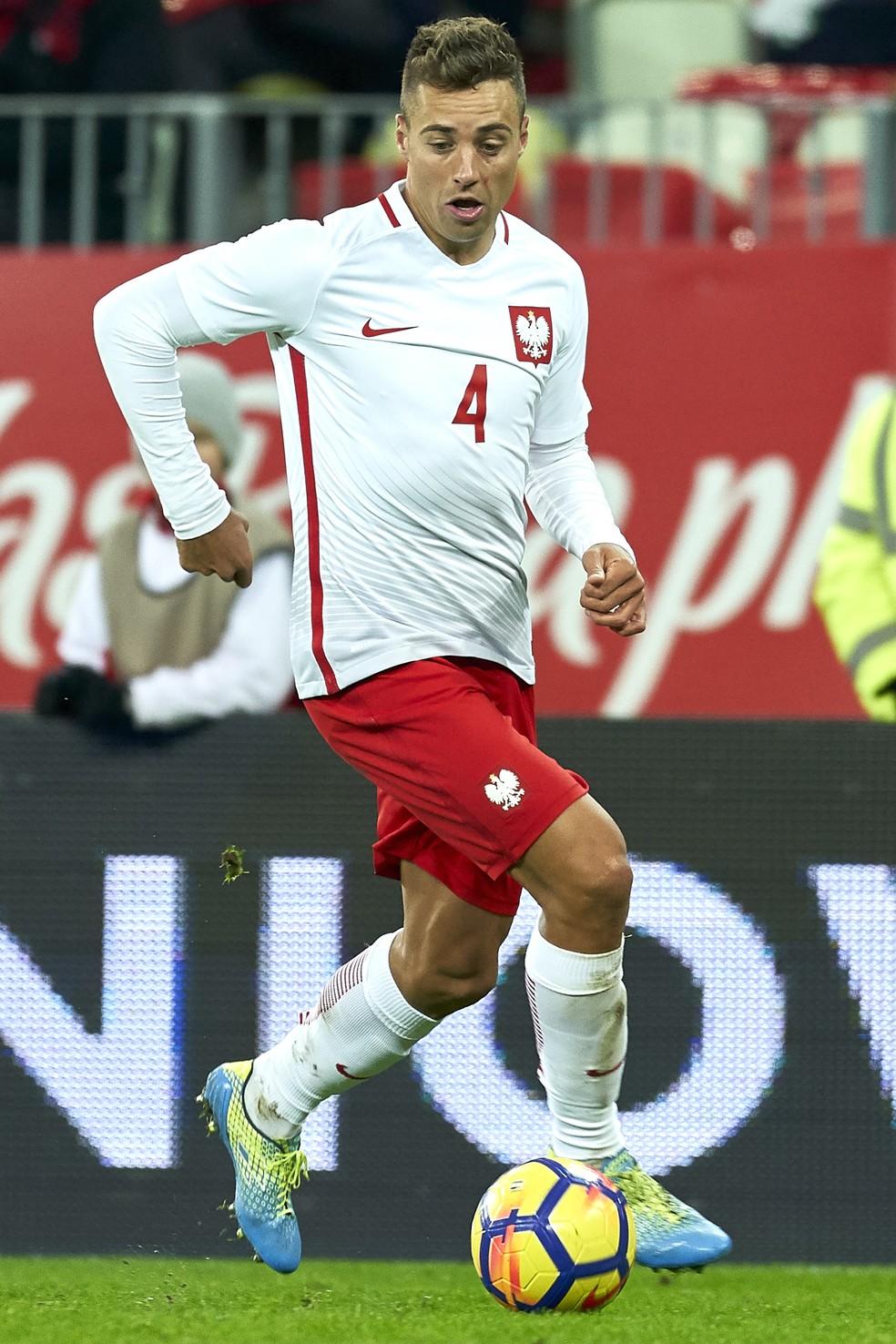 Thiago Cionek em ação pela seleção da Polônia (Foto: Adam Nurkiewicz/Getty Images)