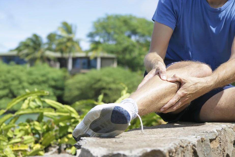 Corre e está com dor na perna? Será que é mesmo canelite? Descubra!