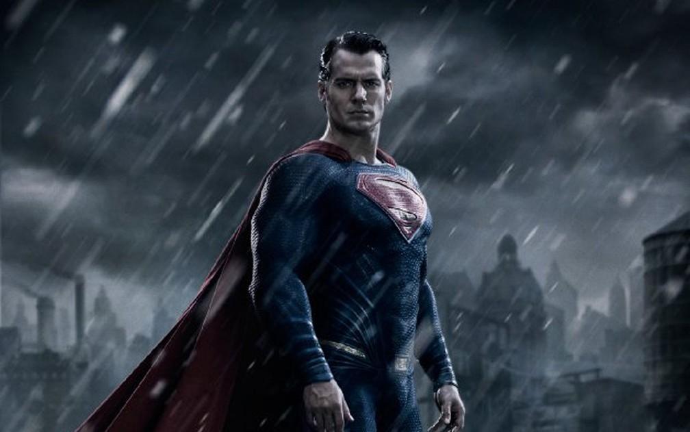 Henry Cavill como Superman em 'Batman vs Superman: A origem da justiça' — Foto: Divulgação