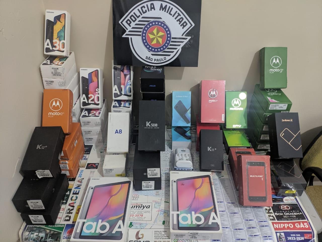 Dupla tenta escapar de abordagem policial, mas acaba presa após furtar R$ 120 mil em aparelhos eletrônicos de loja