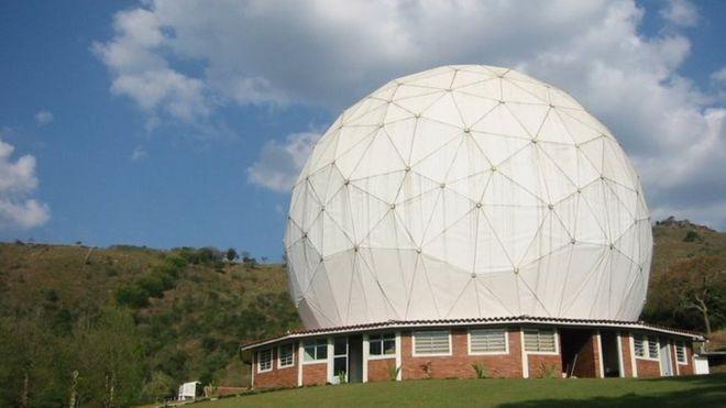 Comunidade científica pretende recorrer a órgãos internacionais caso tentem reduzir raio que veta construções ao redor de observatório (Foto: Divulgação via BBC News Brasil)