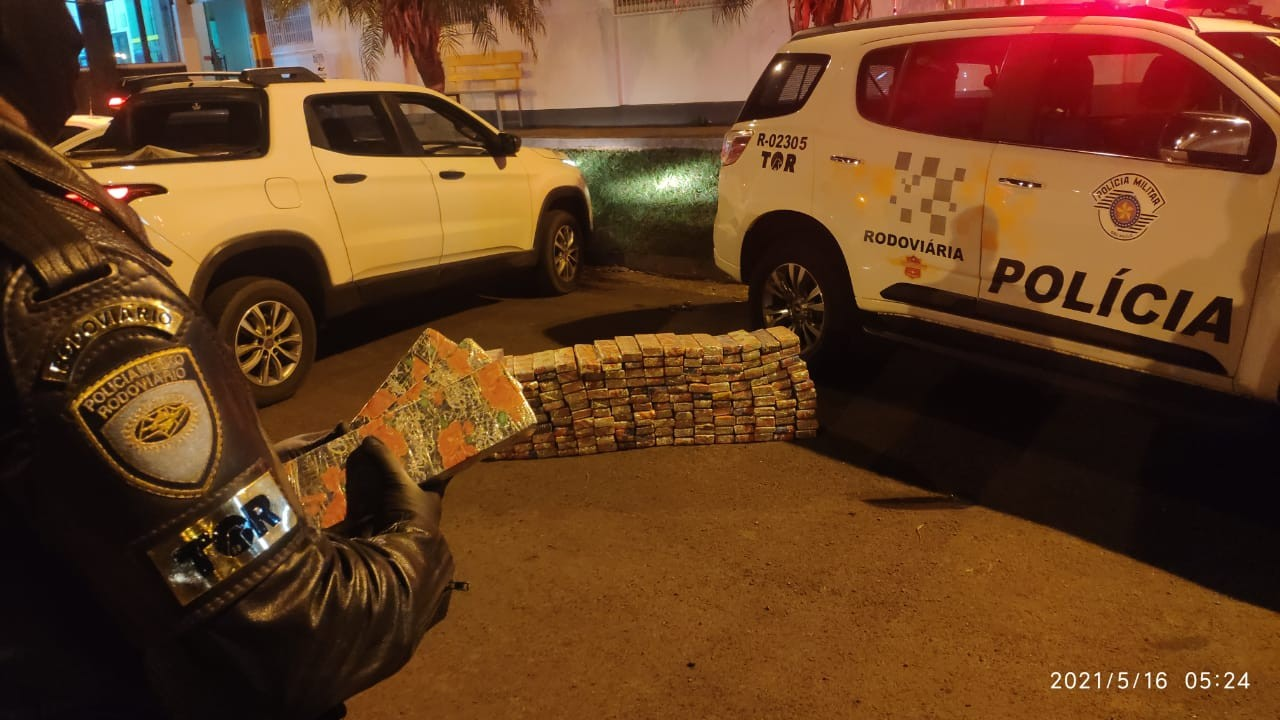 Homem é preso com quase 200 kg de maconha em Santa Cruz do Rio Pardo