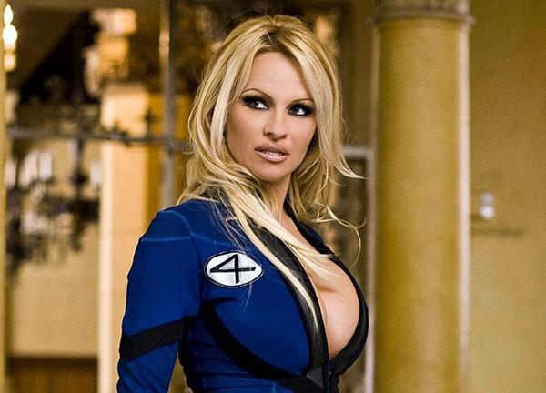 Pamela Anderson em 'Super-Herói: O Filme' (2008) (Foto: Divulgação)