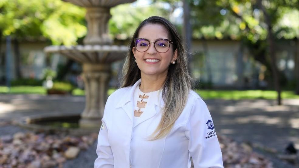 A professora Kiarelle Penaforte é enfermeira e coordenadora da graduação em Enfermagem da Universidade de Fortaleza.— Foto: Ares Soares