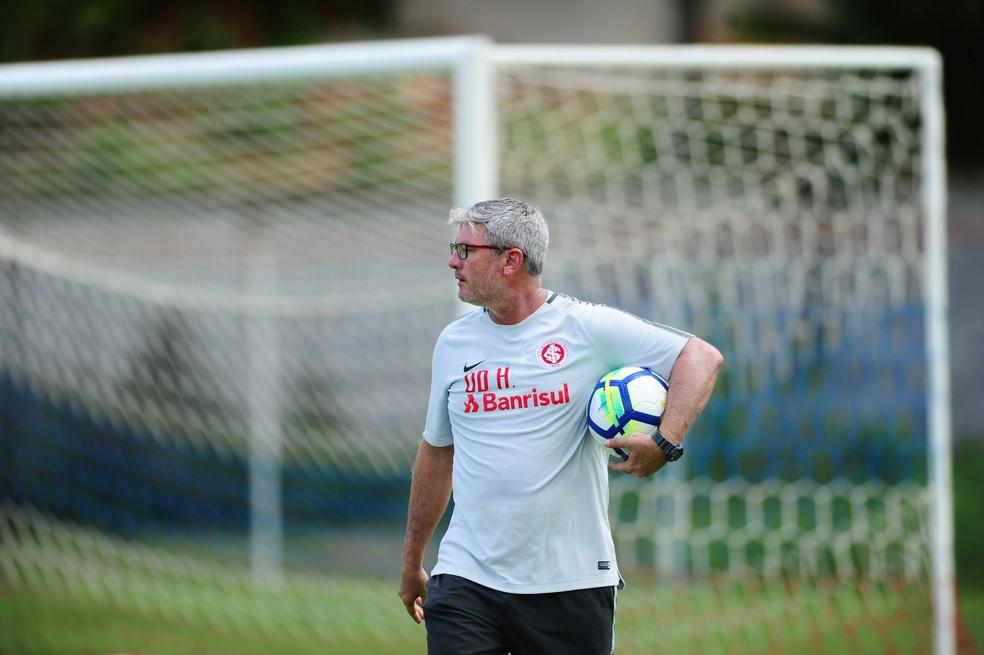 A partir desta terça, Odair Hellmann tenta remobilizar equipe para o Gre-Nal (Foto: Ricardo Duarte/Divulgação Inter)