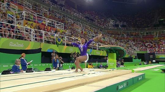 Rebeca Andrade se apresenta no salto pela ginástica artística do Brasil