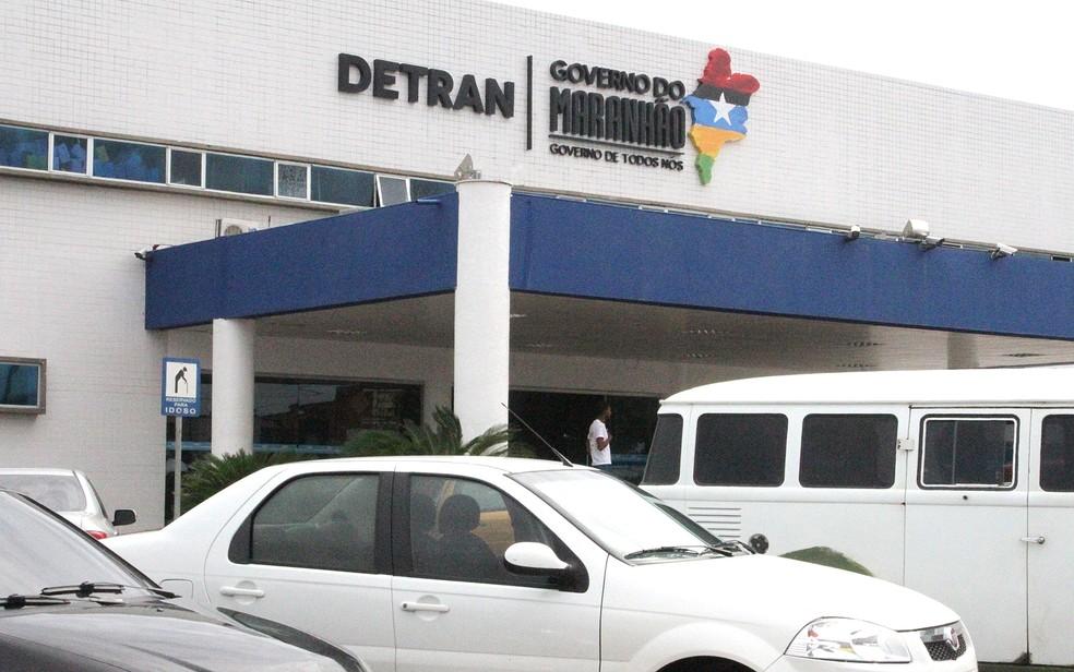 Consultas a todos estes serviços serão feitos diretamente nas sedes do Detran (Foto: De Jesus/O Estado/Arquivo)