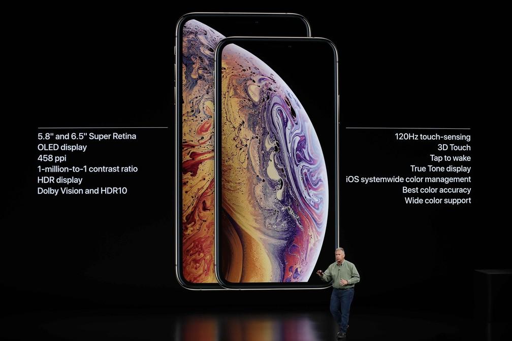Novos modelos têm telas de 5.8 e 6.5 polegadas - a maior já criada pela Apple — Foto: Stephen Lam/Reuters
