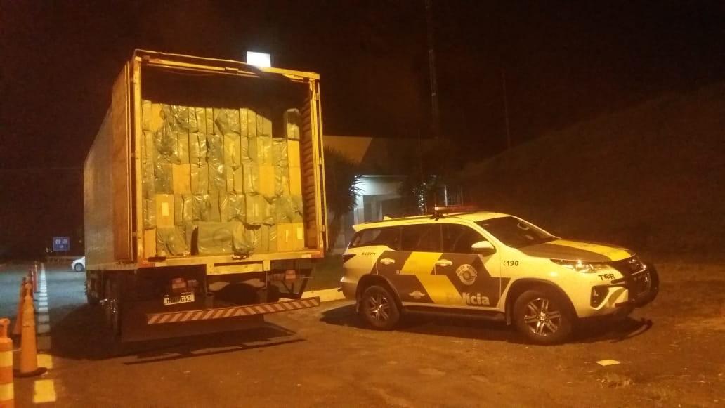Motorista é preso por contrabando após ser flagrado com 400 mil maços de cigarros em Itatinga