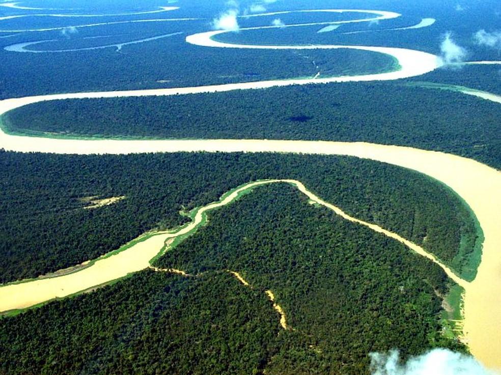 Estudo de implantação da hidrovia do Rio Amazonas foi apresentado em Macapá (Foto: Divulgação/UEA)