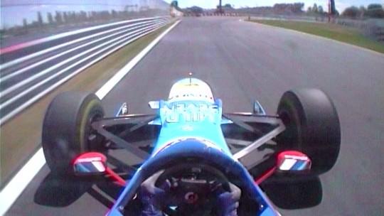 Muro dos Campeões foi batizado após acidentes de Hill, Villeneuve e Schumacher há 20 anos