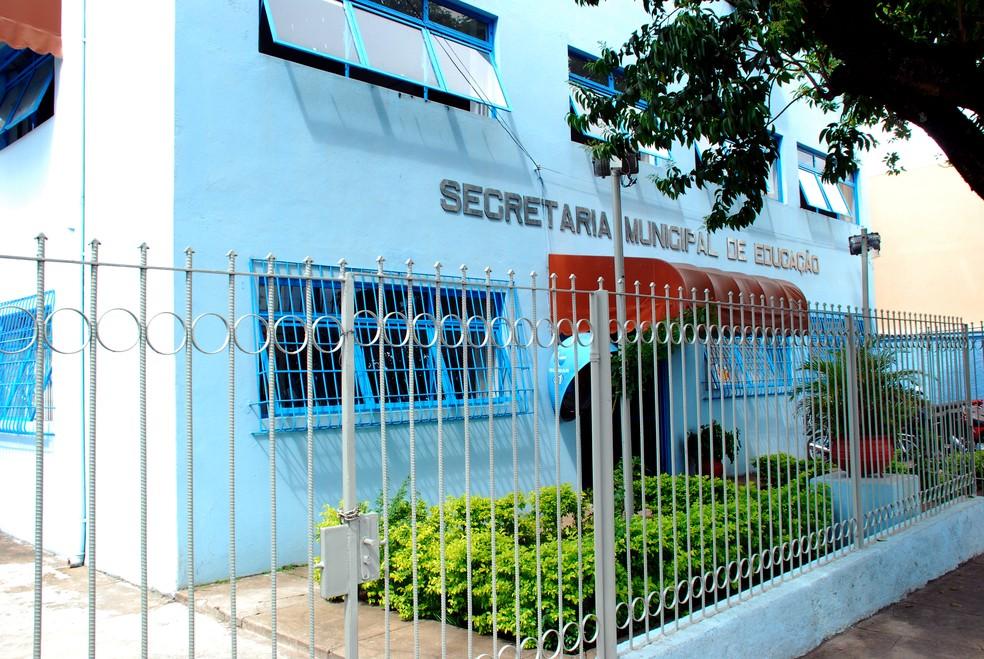Pais denunciam descumprimento de leis por parte da Secretaria de Educação em Divinópolis  — Foto: Prefeitura de Divinópolis/ Divulgação