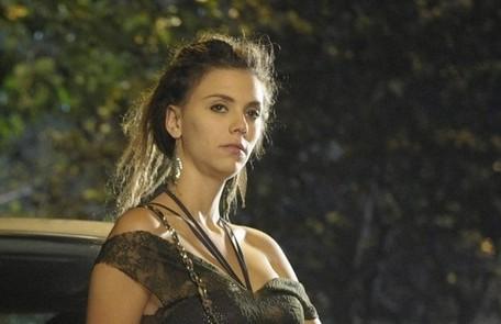 Na segunda-feira (15), Luana (Joana Lerner) dirá a Patrícia (Adriana Birolli) que ela sofrerá com uma grande decepção Reprodução