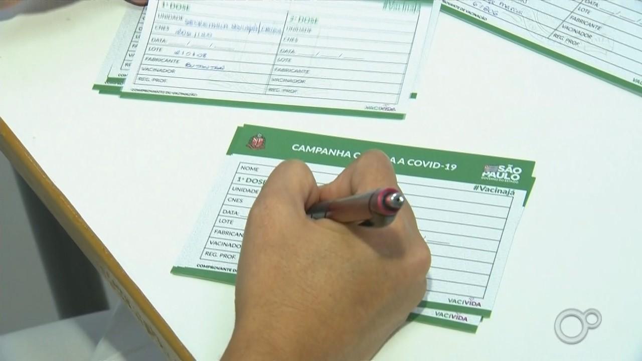 Prefeitura de Marília começa a vacinar os profissionais da educação contra a Covid-19