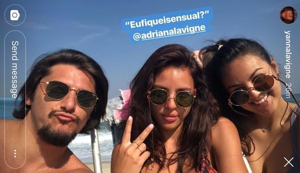 Bruno Gissoni, Yanna Lavigne e a irmã Adriana (Foto: Reprodução Instagram)