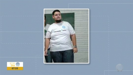 """Jovem """"se apaixona"""" pela vida saudável, emagrece 67kg e vira professor de educação física"""