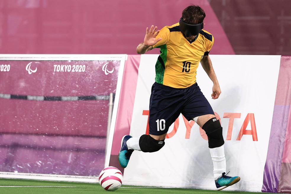 Ricardinho na final do futebol de 5 das Paralimpíadas — Foto: Buda Mendes/Getty Images