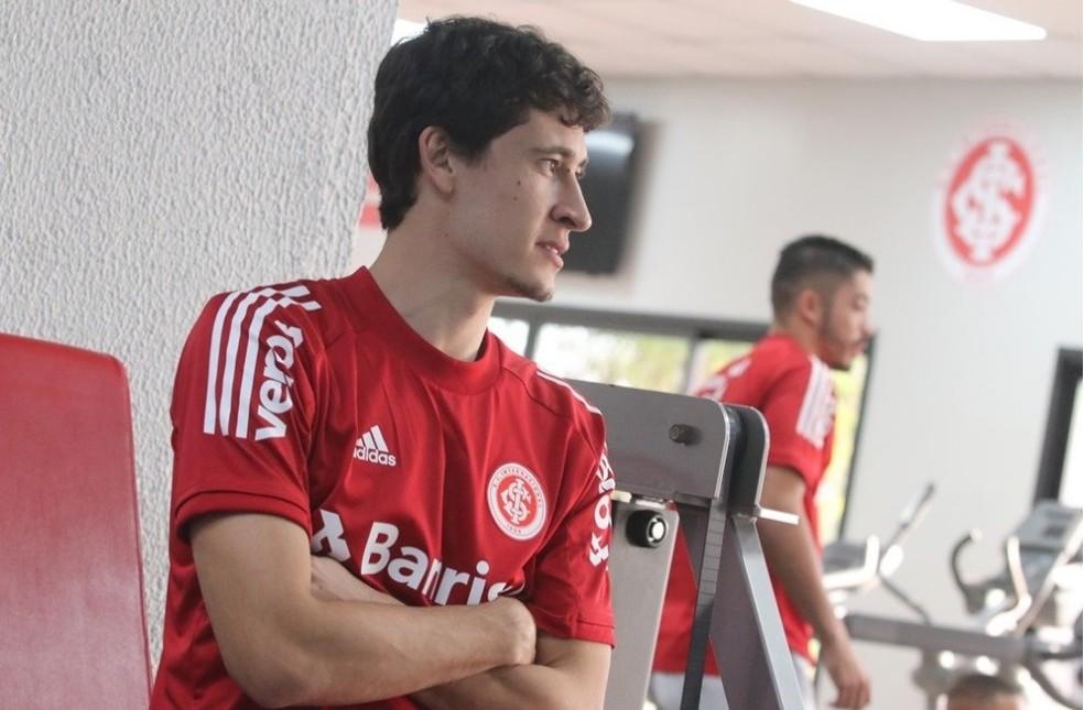 Rodrigo Dourado se recupera de lesão no joelho — Foto: Ricardo Duarte/Divulgação, Inter