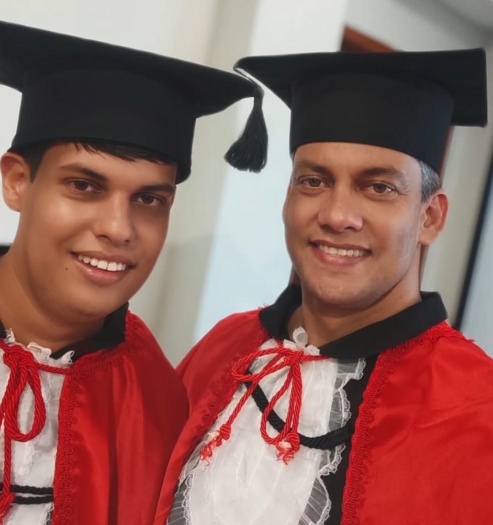 Pai e filho se formam em Direito, no ES  — Foto: Acervo pessoal/ Lucas Weberling