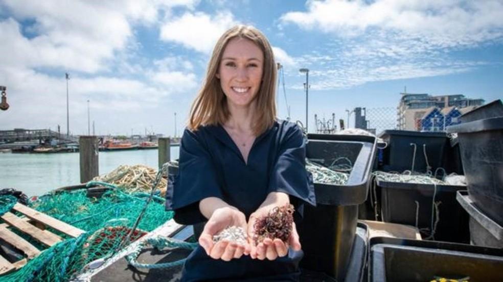 O material é feito de restos de peixe combinados com alga  — Foto: Dyson Imagery