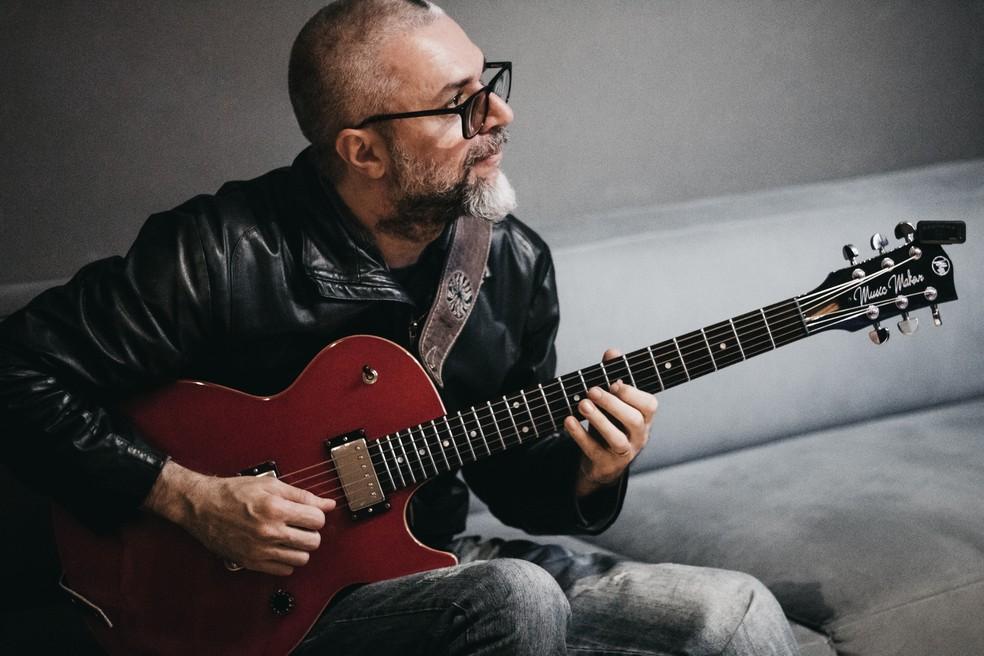 Músico instrumental paulista Michel Leme também já confirmou presença noesta edição especial Guerrafest — Foto: Bia Gomes