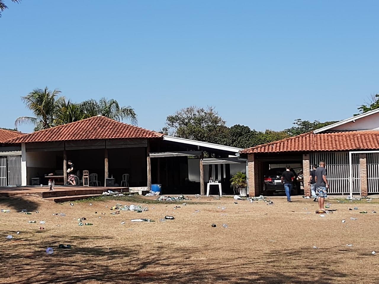 Polícia Militar interrompe pancadão em chácara após denúncia em Rio Preto
