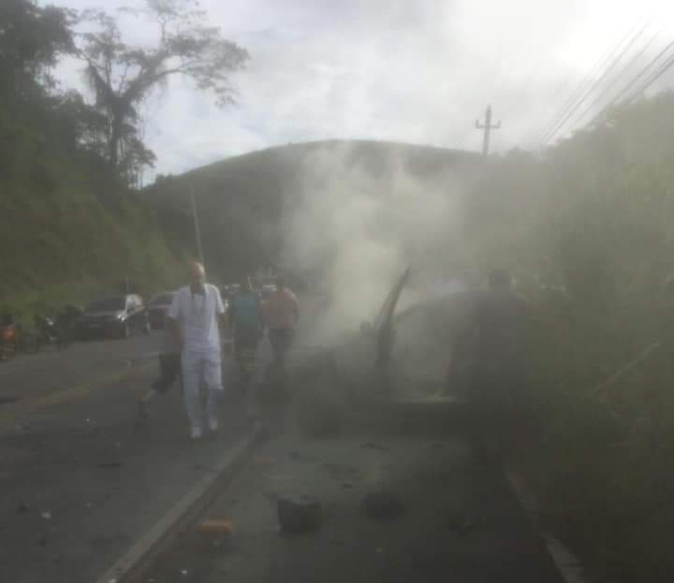 Acidente aconteceu na altura da Faculdade Veterinária de Valença — Foto: Reprodução/Arquivo Pessoal