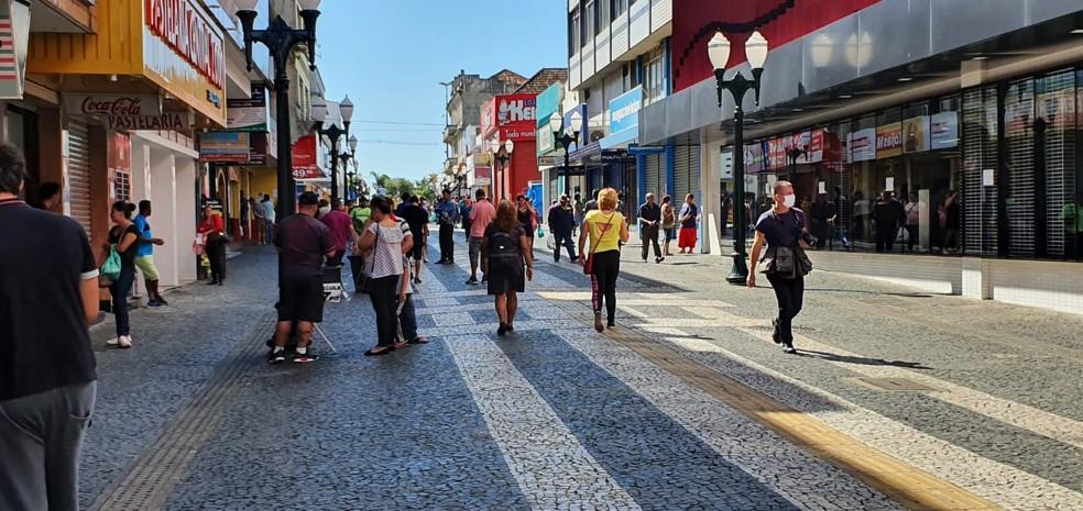 MP-PR pediu que decretos que permitem reabertura do comércio em Ponta Grossa sejam revogados — Foto: André Salamucha/RPC Ponta Grossa