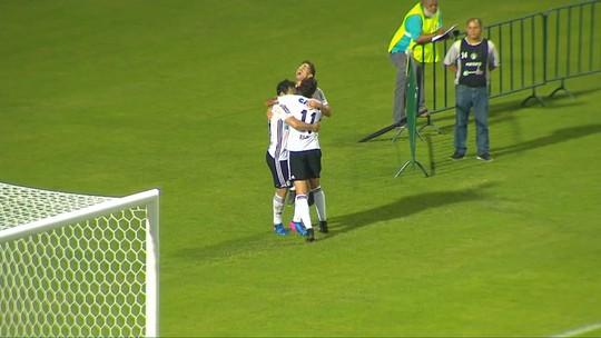 """Em retorno, Neto Berola é decisivo para o Coritiba: """"Espero continuar"""""""