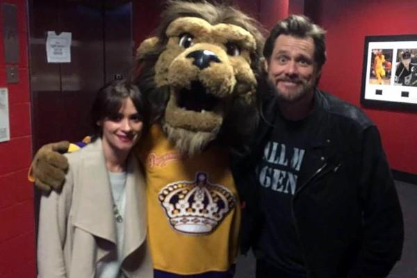 Jim Carrey e Cathriona White (Foto: Twitter)