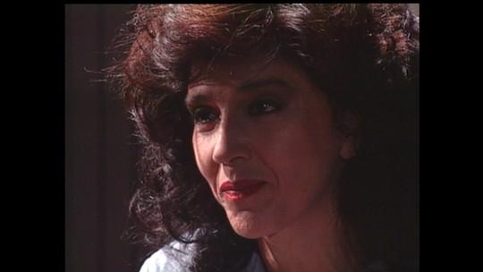 Artistas se emocionam ao falar sobre morte da atriz Yoná Magalhães