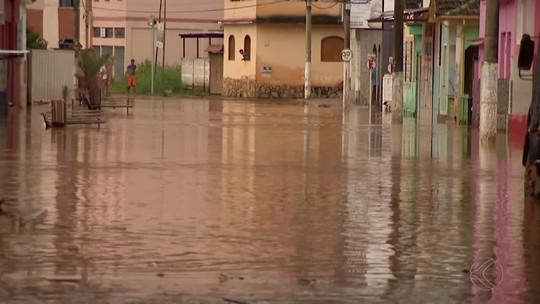 Chuvas causam transtornos em Ewbank da Câmara e Juiz de Fora