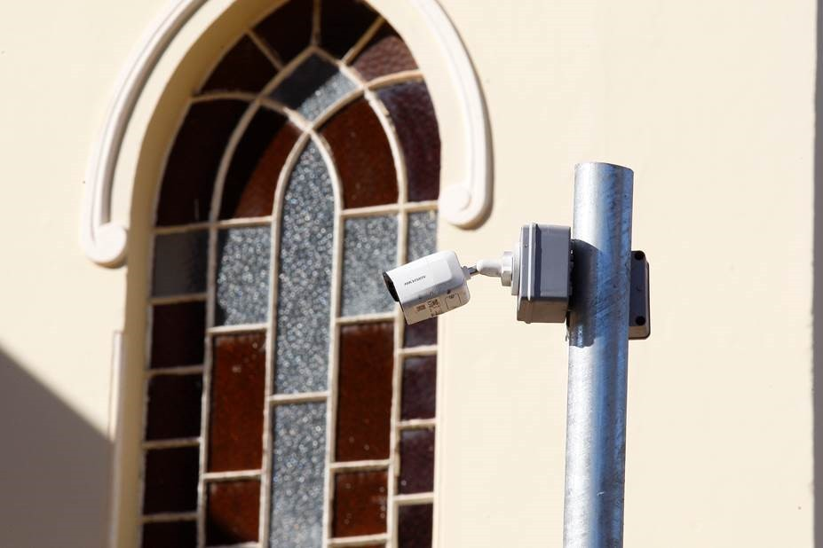 Sistema de segurança com câmeras é instalado em patrimônios históricos de Uberlândia