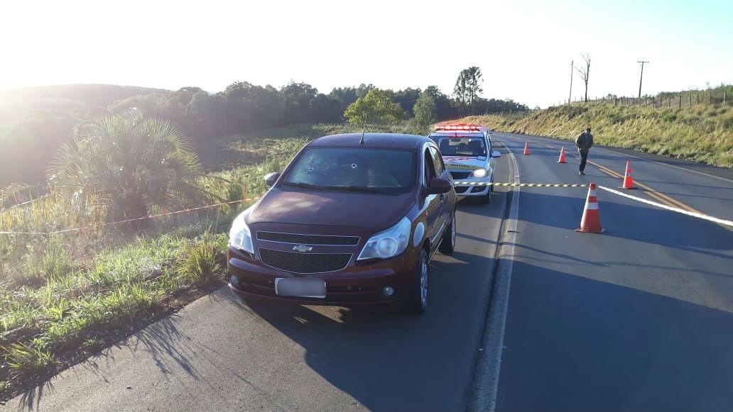 Dois homens são encontrados mortos a tiros dentro de carro na rodovia SC-350 em Lebon Régis