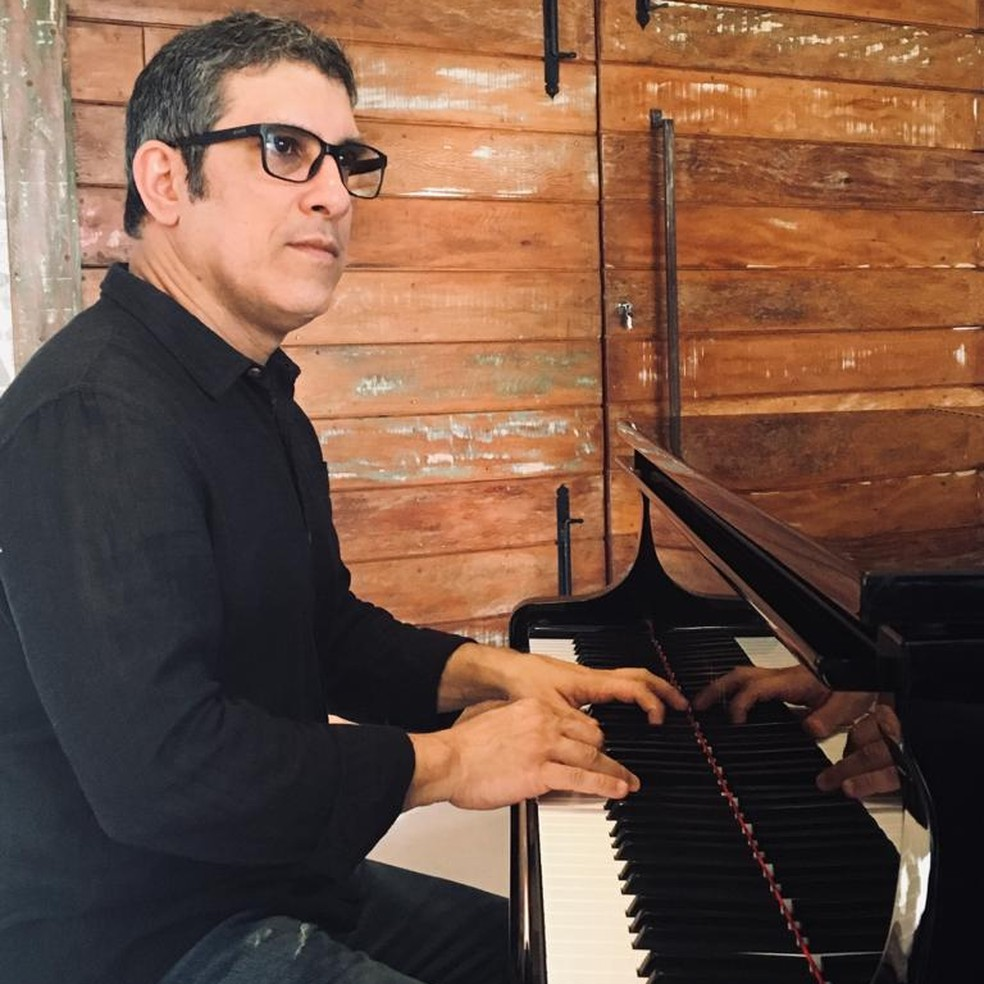 """Farlley Derze é convidado de live do projeto """"Sextas Musicais"""" — Foto: Casa Thomas Jefferson/ Divulgação"""