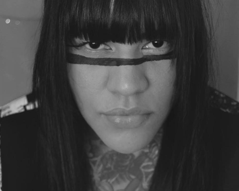 Eu peço que olhem para os povos indigenas, nos respeitem, lutem conosco, afirma Katú Mirim — Foto: Reprodução/Facebook