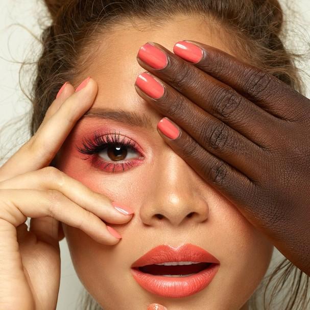 Marca lança coleção de maquiagem com a Pantone (Foto: Divulgação)