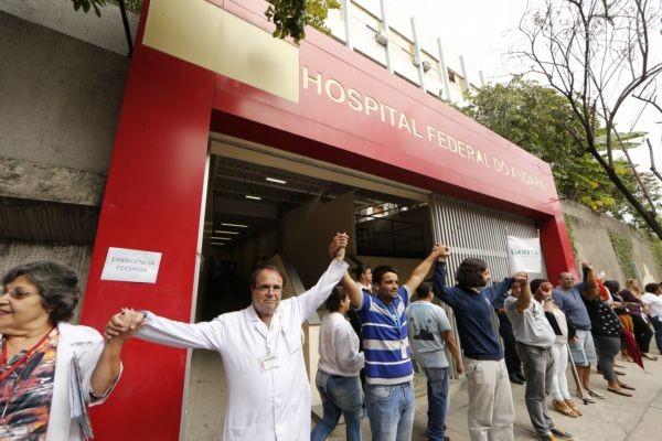 Em junho, funcionários do Hospital do Andaraí protestaram contra o que chamam de 'desmonte' promovido pelo governo Temer