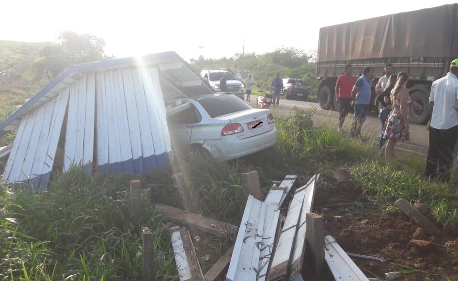 Motociclista morre após colidir contra táxi em rodovia no Acre: 'terrível', diz condutor - Notícias - Plantão Diário