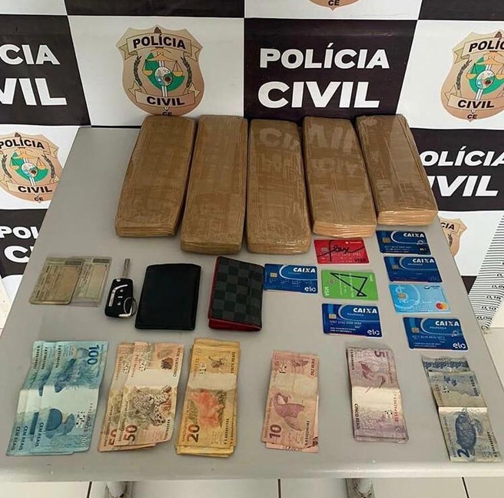 Material encontrado com os suspeitos durante operação policial no interior do Ceará — Foto: Polícia Civil